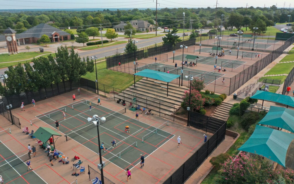 how to find pickleball courts near me article thumbnail
